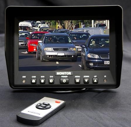 RSE 7 inch dash monitor 1